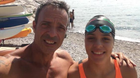 Attraversare lo stretto di Messina a nuoto, a 14 anni. Simona d'Andrea ci racconta la sua vita di atleta