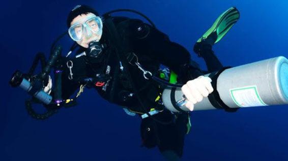 """""""Meglio aggiungere vita agli anni, che anni alla vita"""": Andrea Fazi racconta la sua esperienza di istruttore subacqueo per Diabete Sommerso"""
